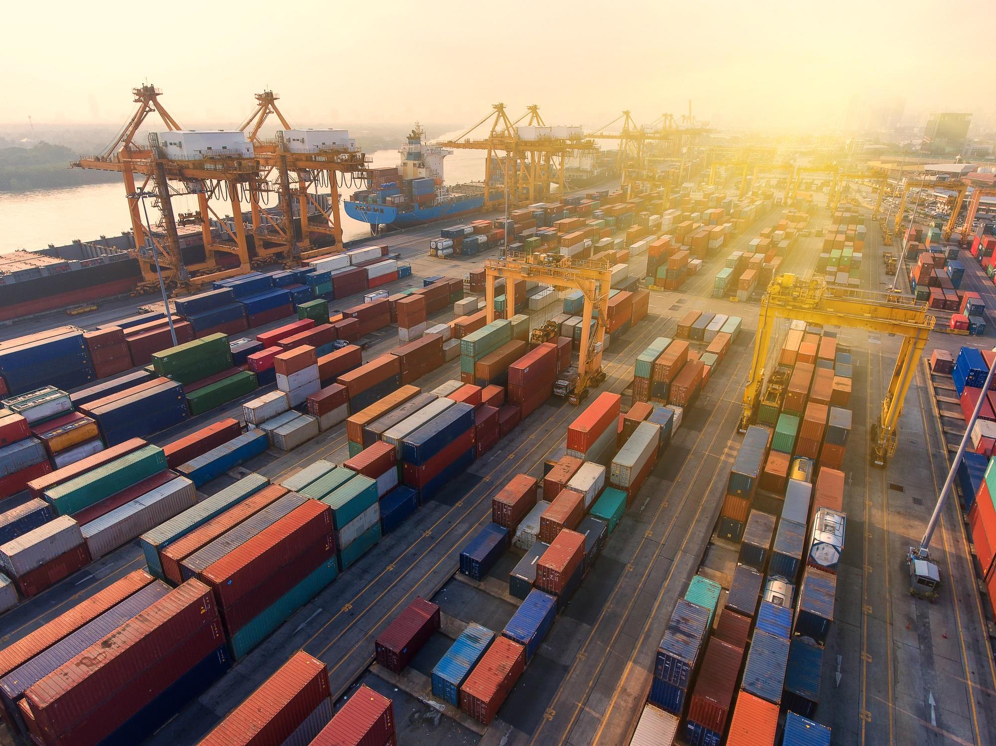 Ekspordikasv on jätkuvalt tugev, kuid väljavaated on halvenenud