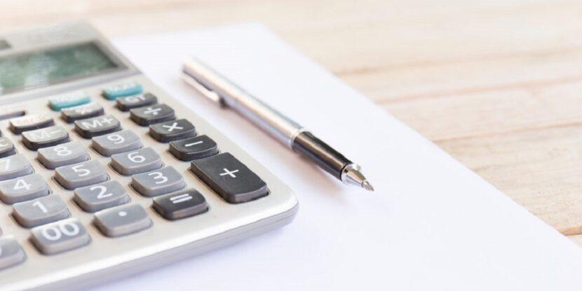 kalkulaator ja pastakas