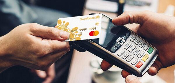 Swedbanki kliendid eelistavad viipemakseid